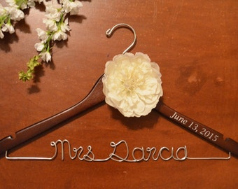Personalized Custom Name Hanger with Date