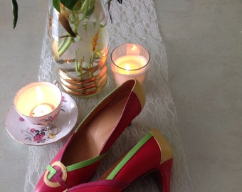 Vintage80's graphic candy court shoe -size 5