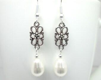 White swarovski elements pearl pear drop earrings, wedding jewelry, bridal jewellery, bridesmaid, teardrop, ER021