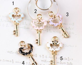 10 pcs of antique gold multicolour key  charm pendants 12x24mm