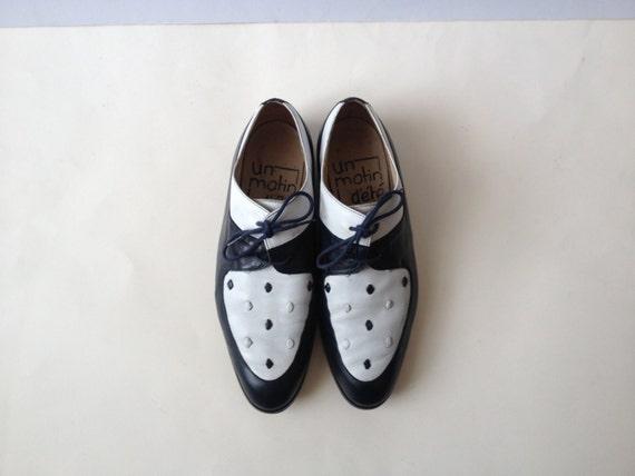 vintage oxford shoes lace up shoes oxfords