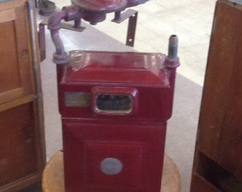 Old red water meter