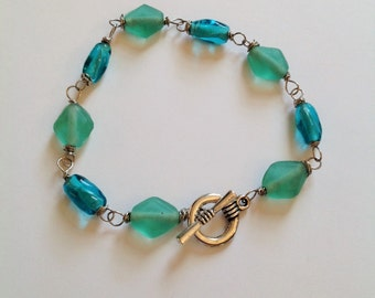 frosty sea green and blue beaded bracelet