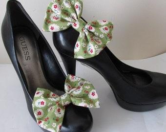 Rockabilly shoe clip. Kawaii cherry floral Lolita fabric shoe clip - 1950 Rockabilly punk rock style. UK SELLER