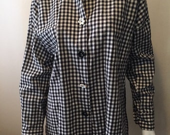 Vintage Neiman Marcus gingham blouse/tunic! Classic black & white, moulded floral buttons! Love