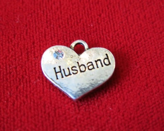 "5pc ""Husband"" charms in antique silver style (BC539)"
