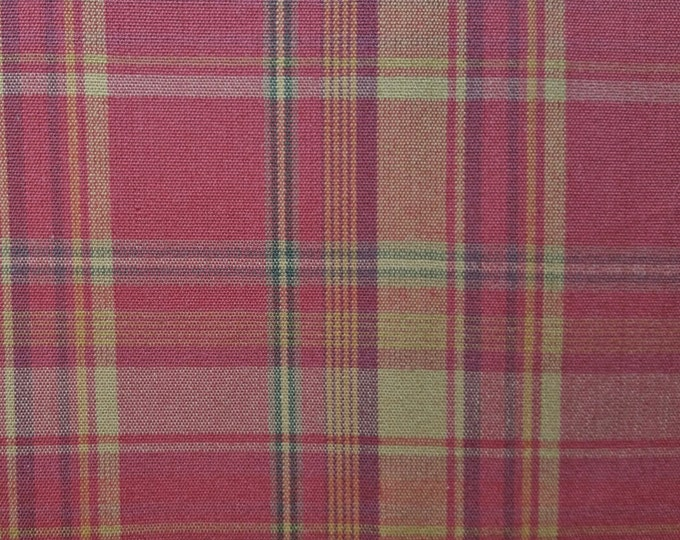 Plaid Drapery/Upholstery Fabric