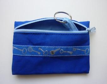 """Key case """"Keys"""" in blue"""