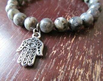 Hamsa Charm and Blue Labradorite Bracelet, Hamsa Bracelet, Yoga Bracelet, Yoga Jewelry, Meditation, Hand of Fatima Bracelet, Mala, Good Luck