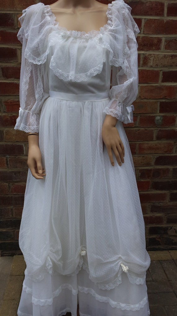 Vintage pronuptia de paris 1980s bo peep style wedding dress for Vintage wedding dresses paris