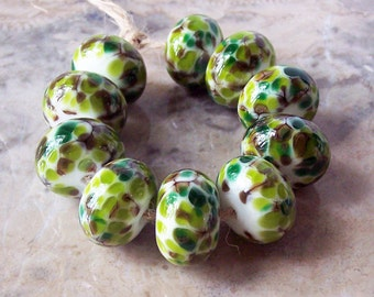 Handmade Lampwork Glass Beads  (5 pcs) - Green Brown White 13-14 mm x 9-10 mm