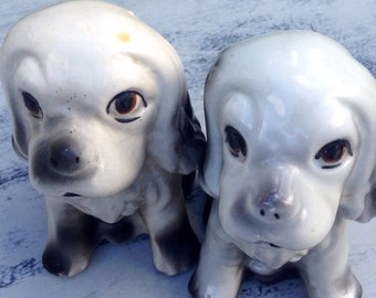 Vintage Mid Century Pair Of Kitsch Spaniel Puppy Dog Figurines - Made In China
