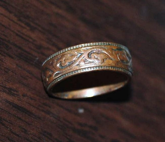 Items similar to Vintage Ladies Copper Wedding Ring Size 5 ...