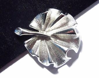 Vintage Sarah Coventry Silver Leaf Brooch Flirtation 1960s