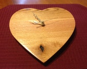 Pallet Wood Heart Clock / Wall Mount / Old to New / Oak and Red Oak