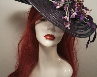 FREE  SHIPPING   1940  Tilt Topper Hat