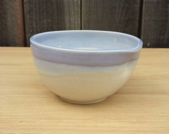 Porcelain dimple pouring bowl, lavender