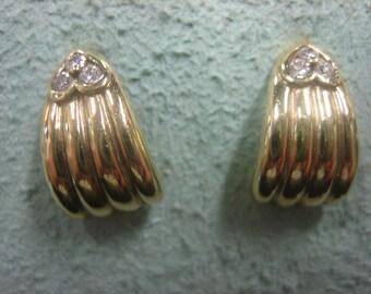 Diamond Hoop Earings 14 Karat Gold