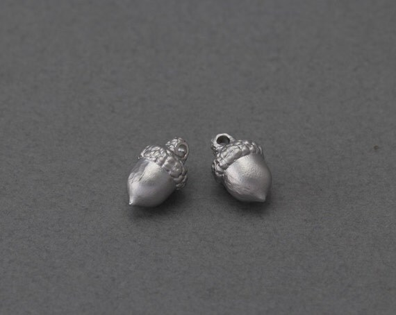Acorn brass pendant jewelry craft supply matte for Acorn necklace craft