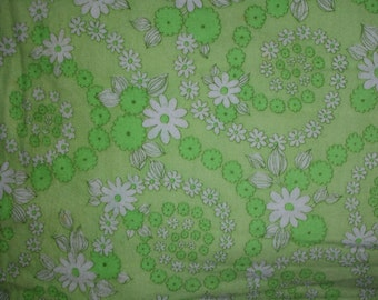"Vintage Mint Green and White Floral Cotton Flannel Fabric 2 yards & 24"" One Piece Fabric"