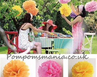 25 units (10+5+10) of  tissue paper pom poms - handmade - 100% recyclable - fits any style of decor