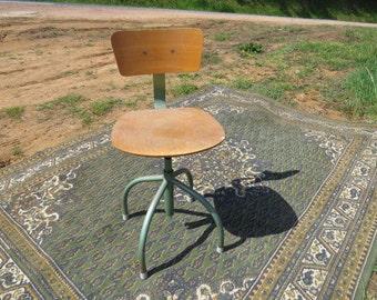 Industrial swivel chair
