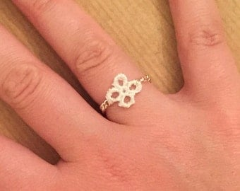Ivory Lace Flower Ring