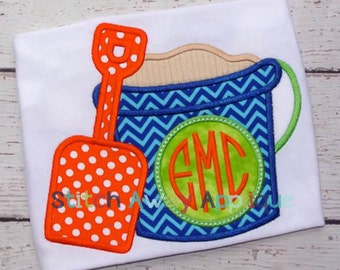 Monogram Circle Beach Sand Bucket Machine Applique Design