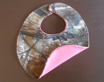 Realtree camouflage and pink baby girl bib