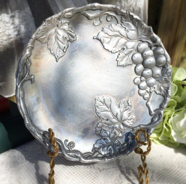 Arthur Court Decorative Pewter Plate Grapes By