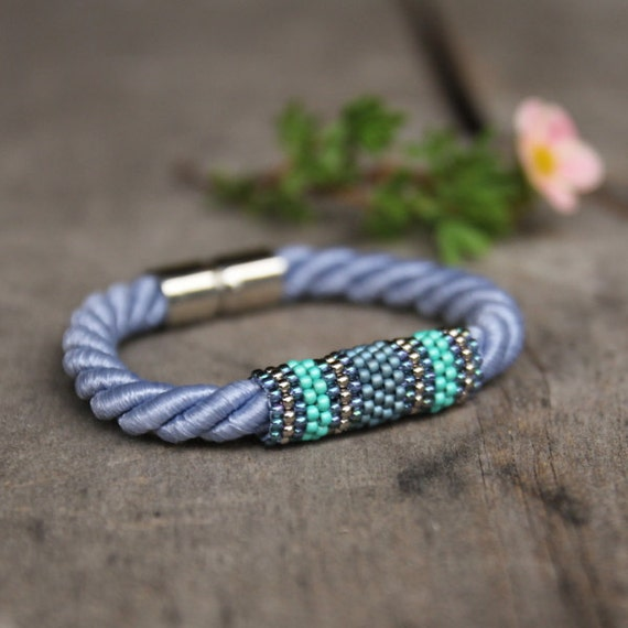 Blue rope bracelet magnetic clasp bracelet beadwoven for How does magnetic jewelry work