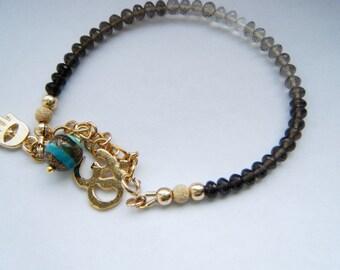Ombré smoky quartz bracelet Root chakra jewelry Gemstone bracelet Protection jewelry Yoga jewelry Smoky quartz jewelry Natural stone jewelry