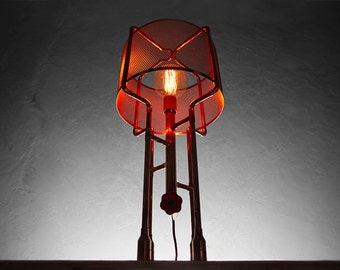 ATOMO Copper Table Lamp