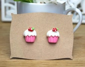 Pink Cupcake Earrings // kawaii earrings // cute pink cupcakes stud earrings