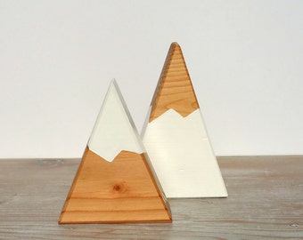 Cake Topper or Centerpiece - Mini Peaks - White, Natural Snow Capped Mountains