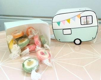 DIY printable Paper retro Caravan Trailer for decoration or giftbox -