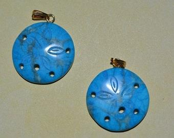 Vintage Howlite Turquoise Sand dollar pendants.(1060188)
