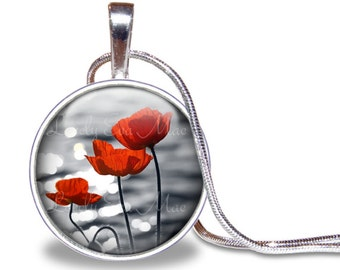 Poppy Necklace, Poppies Pendant, Black White Red, Glass Tile Necklace, PoppyJewelry, Flower Gift, Flower Necklace, Flower Pendant, Red Poppy