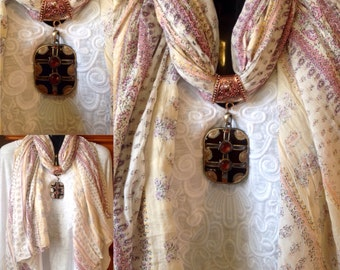 Pendent Scarves' With Style
