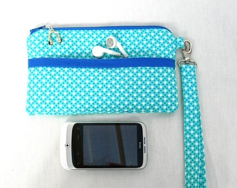 Padded Phone pouch. Padded wristlet. Iphone pouch. Cell phone wristlet. Cell phone pouch. Mobile phone pouch. Mobile phone wristlet.