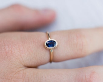 Blue sapphire engagement ring, classic engagement ring with blue gemstone, handmade in Your size by Arpelc