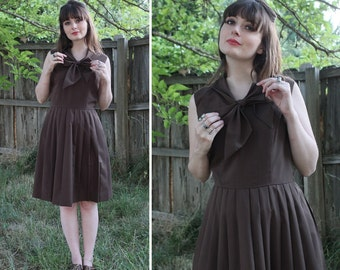 VTG Vintage Brown 1960s 60s Pleated Dress with Bow Collar