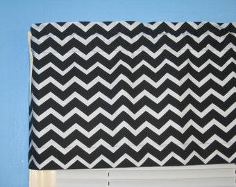 LINED BLACK WHITE Chevron Zigzag Striped Curtain Valance