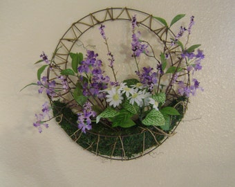 Lilac and Daisys Wreath