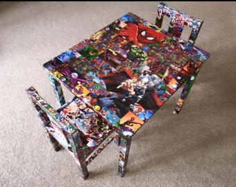 Superheroes table and chairs