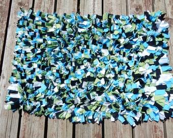 Shag Rag Rug//Upcycled t-shirts//2 ft X 3 ft rectangular//Turquoise, Black, Green and White//Terry Cloth Base//Nursery Decor//Area Rug//