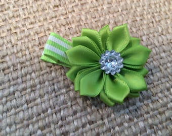 Spring Green Satin Flower on a Partially Lined Alligator Hair Clip
