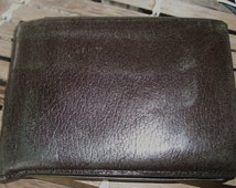 MENS AMITY Leather Brown WALLET Bill Fold  Inside Pockets For House and Car Key