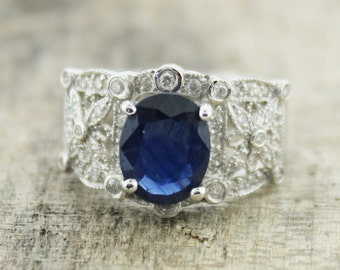 Vintage Sapphire and Diamonds Ring