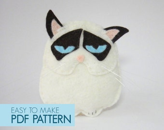 Easy to sew felt PDF pattern. DIY Grumpy Cat, finger puppet, ornament.